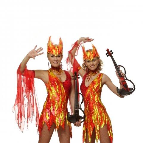 Как сшить костюм огня для девочки 23