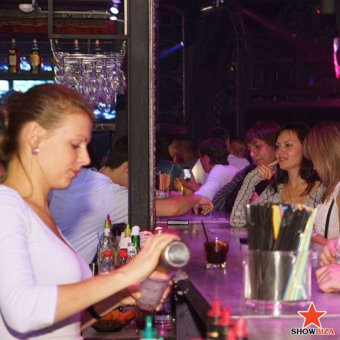 Порновечеринка в клубе жир прожект в костроме