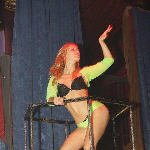 Порно вечеринка в жир проджект кострома