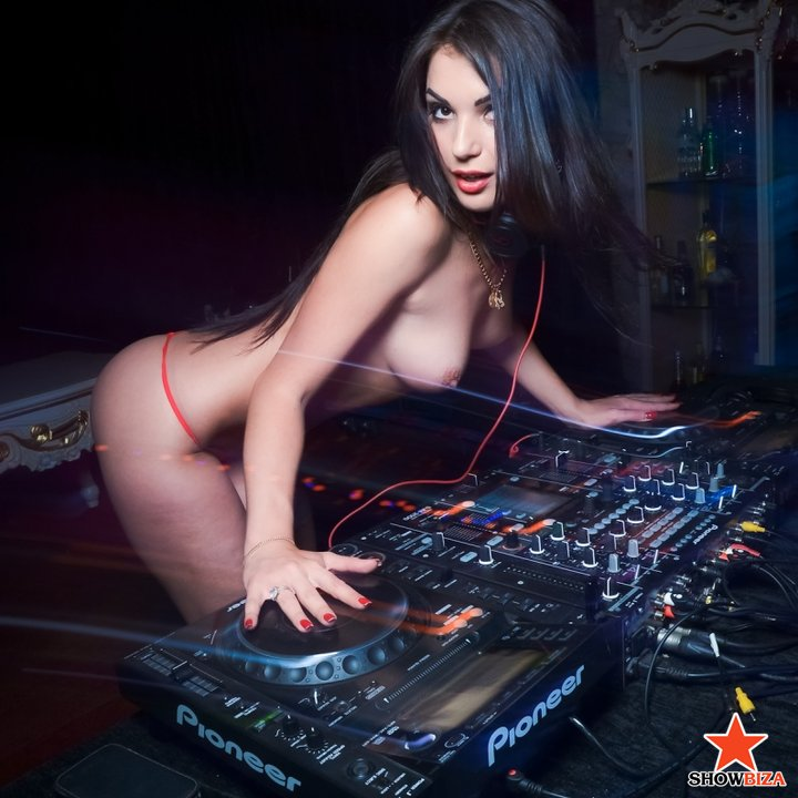 More topless djs in clubs and dancers
