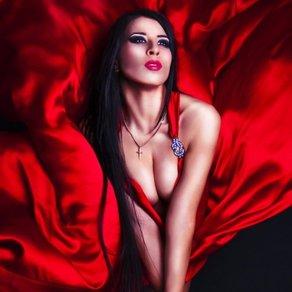 paren-s-devushkoy-tantsuyut-v-stile-topless-video